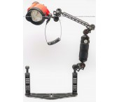 Kit Inon D-200 Strobe & Inon Float Arm M con Staffa Flex-Arm